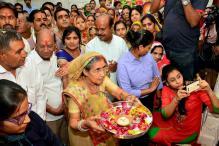 PM Narendra Modi's Wife Jashodaben Visits Temple in Hyderabad
