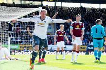 Wayne Rooney Scores as Manchester United Beat Burnley 2-0