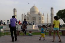 Govt Says No Official Asked Foreign Models to Remove Saffron Scarf at Taj