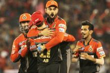 IPL 2017: Virat Kohli to Have Shoulder Assessed in Second Week of April