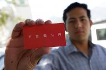 Tesla Hiring Event Flooded by Job Seeking Mexicans