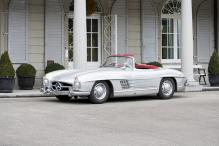 Mercedes-Benz 300SL Roadster Fetches over 1 Million Euro at Auction
