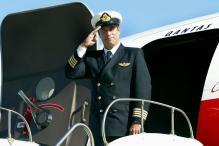 John Travolta Donates His Qantas Plane to Australia Museum
