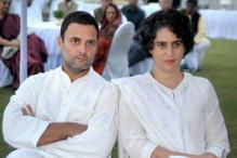 I-T Dept Calls Sonia, Rahul beneficiaries of Rs 2,000-cr Assets, Drags Priyanka