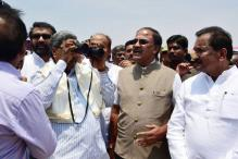 CM Siddaramaiah Visits Bellendur Lake, Inspects Cleaning Process