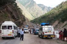 Massive Landslide Hits Shimla-Chandigarh National Highway, Several Vehicles Buried
