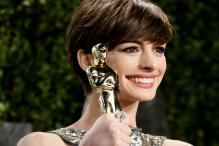 Anne Hathaway In Talks To Replace Amy Schumer As Barbie