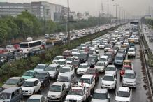 India Considers Private Vehicles For Carpool to Curb Traffic