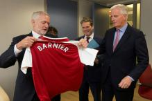 UK's Jeremy Corbyn Turns on The Charm For EU's Brexit Negotiator, Gifts Him Arsenal Shirt