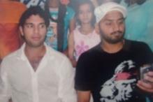 Harbhajan Asks Yuvraj 'Why Are You Peeping Into My Phone'