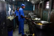 IRCTC Fires Up Plan to Upgrade Food Quality After Scathing CAG Report