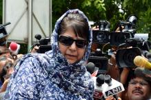 No One in Kashmir Will Hold Tricolour If Article 370 is Tampered With, Says Mufti