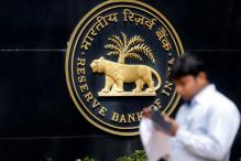 PM's Advisor Says RBI Over-estimates Inflation, Economists Feel Otherwise