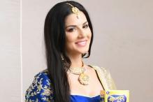 Star Spotting: Sunny Leone, Aamir Khan, Jacqueline Fernandez, Shahid Kapoor, Taapsee Pannu...
