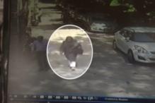 Burqa-clad Woman Caught on CCTV in Delhi's Lajpat Nagar Honeypreet?