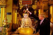 'Not Appropriate,' Envoy Tells Boris Johnson Over Kipling Poem in Myanmar Temple