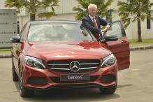 Mercedes-Benz Urges Government to Not Rush With All-Electric Vehicles Push