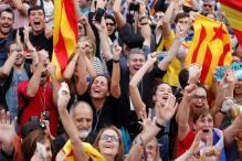 Thousands of Independence Supporters in Barcelona Celebrate