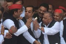 Akhilesh Hosts Mulayam Singh's 79th Birthday Party, Shivpal Gives it a Miss