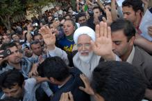 Iran Eases Conditions of Opposition Leader Mehdi Karroubi's House Arrest