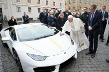 Fan of Buses, Pope Francis Passes on Personalised Lamborghini Sports Car