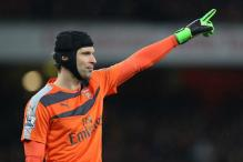Arsenal's Petr Cech Refuses to Abandon Title Hope