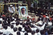 Judge Who Convicted Rajiv Gandhi Killers Urges Sonia to Push for 'Remission', Cites Gopal Godse Case