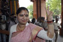 'Barabanki Mein Jeena Mushkil Kar Dungi,' BJP MP Priyanka Rawat Threatens SDM