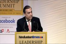I Don't Carry Cash or Credit Card, Says Mukesh Ambani at HT Leadership Summit