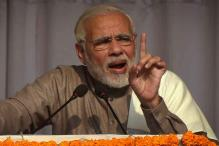PM Modi Urges Babus to Take Posting in Backward Districts, Script Success Stories