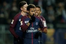 Neymar Turns up the Style on Return As Paris Saint-Germain Score Eight