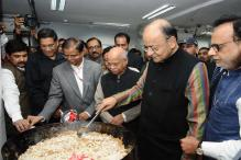 FM Arun Jaitley Performs Halwa Ceremony to Launch Printing of Budget Papers