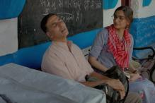PadMan New Song: Akshay Kumar, Sonam Kapoor Set Out On a Joint Mission In Hu Ba Hu
