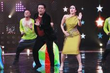 Govinda and Karisma Kapoor Perform at Dance Champions Show