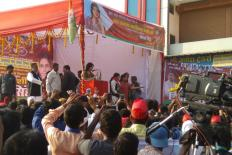 Akhilesh's Name, a Personal Touch: How Dimple Bhabhi Manages Crowds