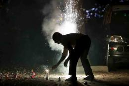 Firecrackers Easily Available in Delhi Despite SC Ban, Traders Do Brisk Business From Homes