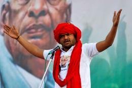 Why Patidar Leader Hardik Patel Won't Join Cong Like Alpesh Thakor