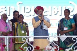 PM Modi Opens Ro-Ro Ferry Service, Says 'P for P' is Govt's New Mantra