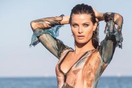 Isabeli Fontana's Stunning Looks