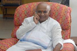 Siddaramaiah is Power Hungry, He Might Go With BJP if Mandate is Fractured, JDS Won't: Deve Gowda
