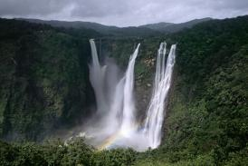 You Can't Miss These 5 Breathtaking Waterfalls in India