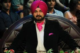 'I Am Born Congressman' Says Navjot Singh Sidhu, Twitter Goes Beserk