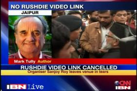 Govt not coming clean on Rushdie: Mark Tully