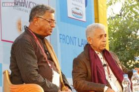 Jaipur Literature Festival 2015: Naseeruddin Shah thought Girish Karnad was a ladies man