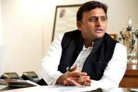 Samajwadi Party Feud: Akhilesh Briefs Governor on Political Crisis