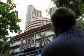 Sensex Recovers Partially, Moves up 102 Points on Inflation Cheer