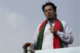 PM Nawaz Sharif has Become Security Risk for Pakistan, Says Imran Khan