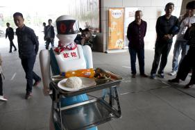 Fear Of Losing Jobs To Machines Growing With Rise Of AI: Study