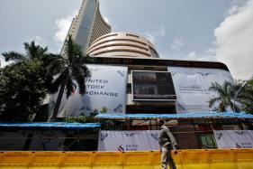 Sensex Slips 22 Points in Early Trade on Global Cues