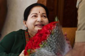 Governor Visits Jayalalithaa, Happy to Note She is 'Recovering Well'